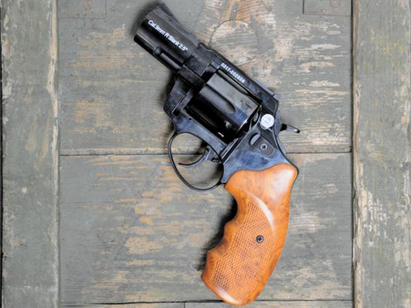 Schreckschussrevolver Zoraki R1 9mm R Knall 2,5 Zoll Lauf schwarz glänzend mit Holz Griffen, 2.Wahl