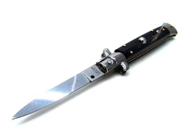Klassisches Springmesser mit Büffelhorngriff, by Beltrame